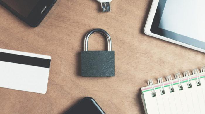 Beim Datenschutz gilt: In erster Linie müssen personenbezogene Daten geschützt werden. © Shutterstock, Andranik Hakobyan