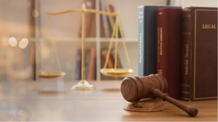 Auch im Homeoffice musst du den gesetzlichen Bestimmungen des Arbeitsschutzes folgen. © Shutterstock, create jobs 51