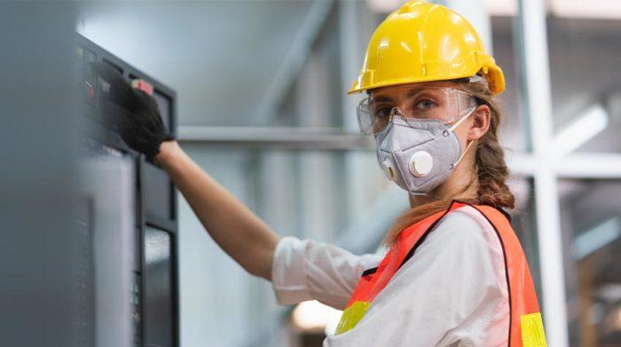 Die Gefährdungsbeurteilung ist ein wichtiges Instrument für die Arbeitssicherheit in deinem Unternehmen. © Shutterstock, KlingSup