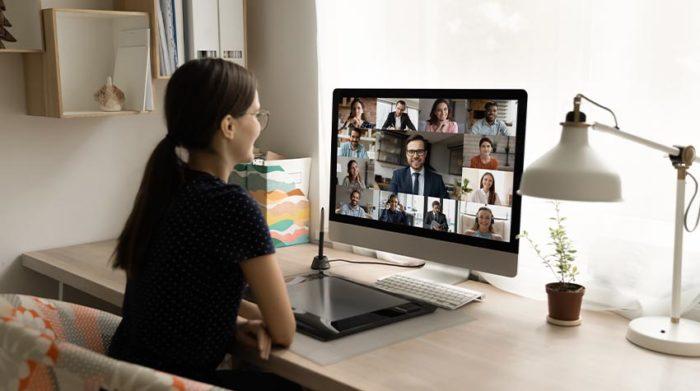 Kontakte sollten im Unternehmen nach wie vor so stark beschränkt werden wie möglich. © Shutterstock, fizkes