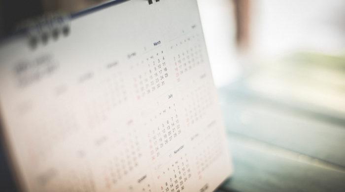 Unter bestimmten Bedingungen können Arbeitsverhältnisse von vornherein zeitlich begrenzt werden. © Shutterstock, Schira