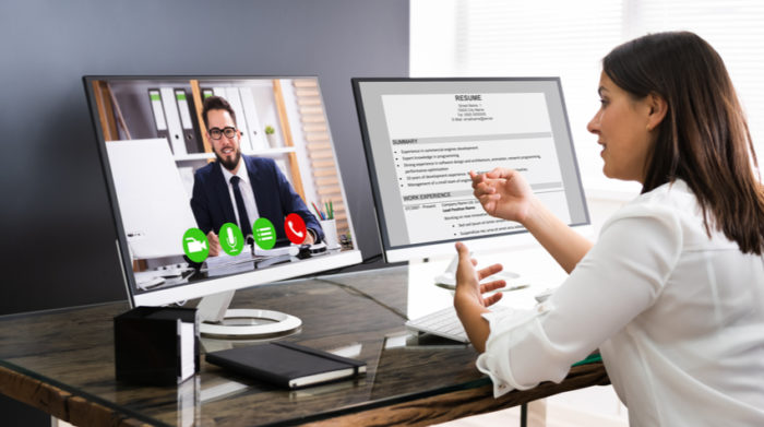 Mit Online-Vorstellungsgesprächen spart man viel Zeit und erreicht weltweit potentielle Mitarbeiter. © Shutterstock, Andrey_Popov